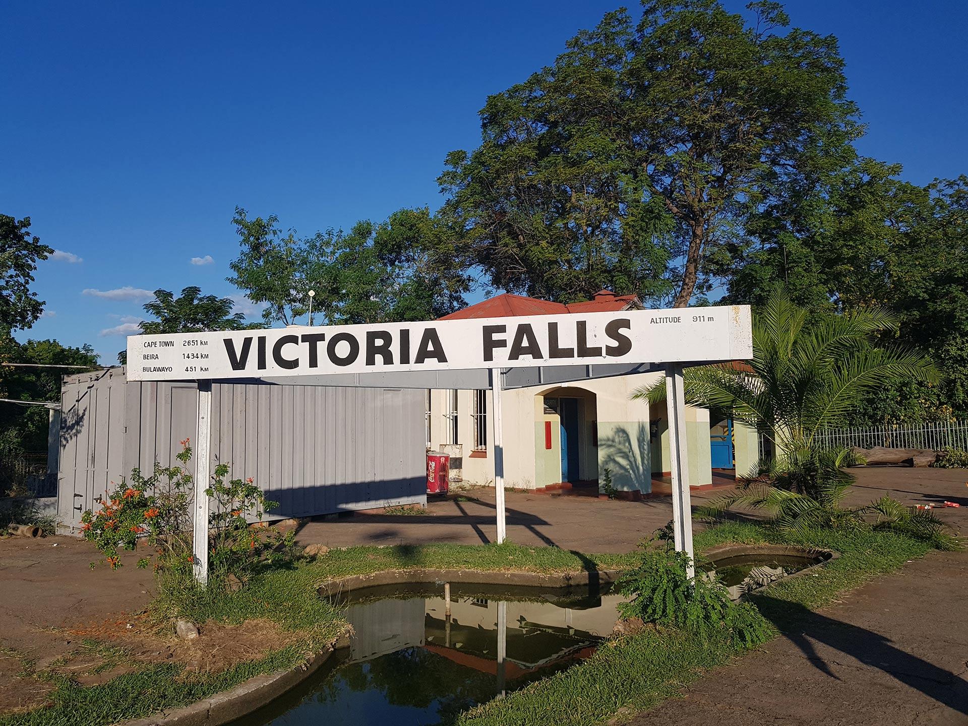 Tsowa Safari Island - Victoria Falls