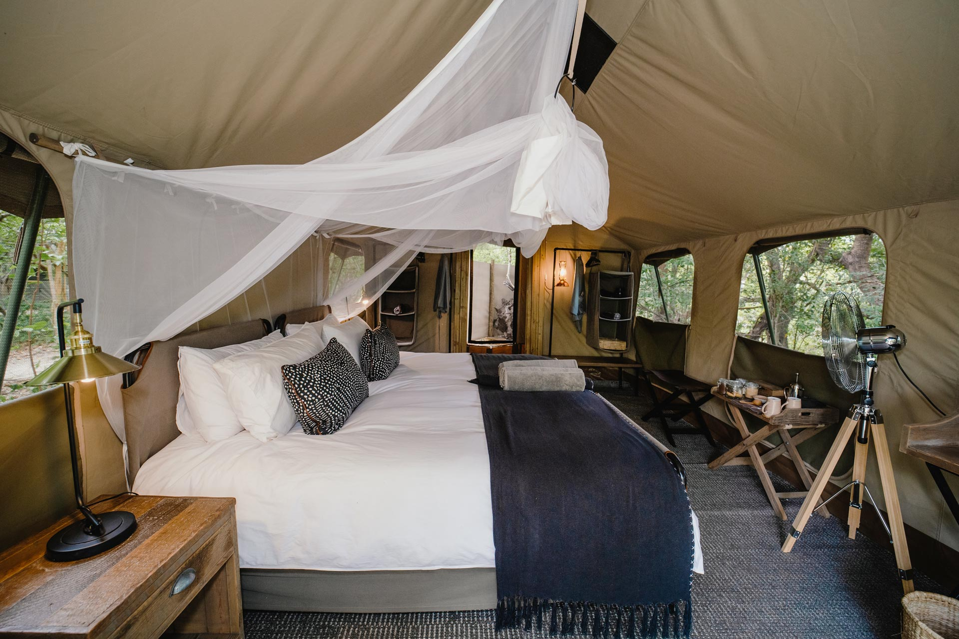 Tsowa Safari Island - Zambezi National Park - Victoria Falls - Zimbabwe